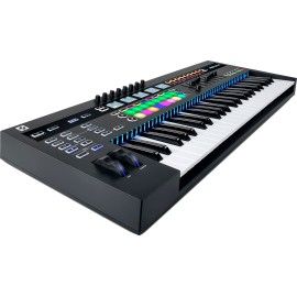 Novation 49SLMK3
